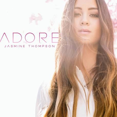"""Goldkehlchen Jasmine Thompson startet mit eigener Single """"Adore"""" durch"""