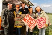"""Die von Prime Productions GmbH für das ZDF produzierte TV-Serie """"Ellerbeck"""", Drehzeit vom Mai bis Juli 2014, in Köln und Umgebung.. Sabine (Cordula Startmann), Klaus (Kai Lentrodt), Yvonne (Inka Friedrich), Günther (Oliver Nägele), Ute (Julia Schmitt)."""