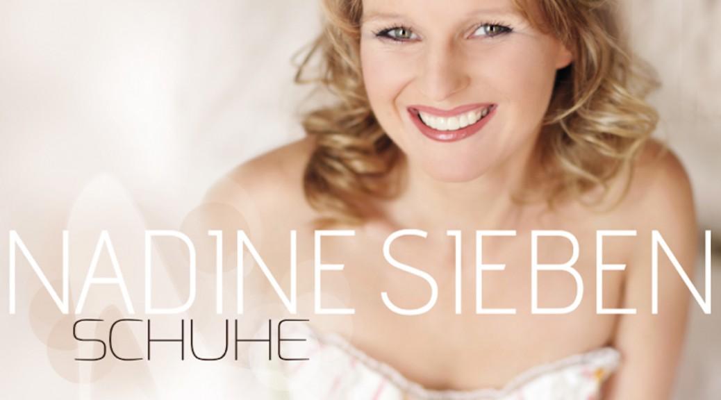 NADINE SIEBEN - Kleine Frau mit großer Stimme präsentiert neue Single SCHUHE