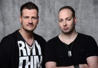 Hinter Stereoact stecken die beiden DJs und Produzenten Rico Einenkel & Sebastian Seidel