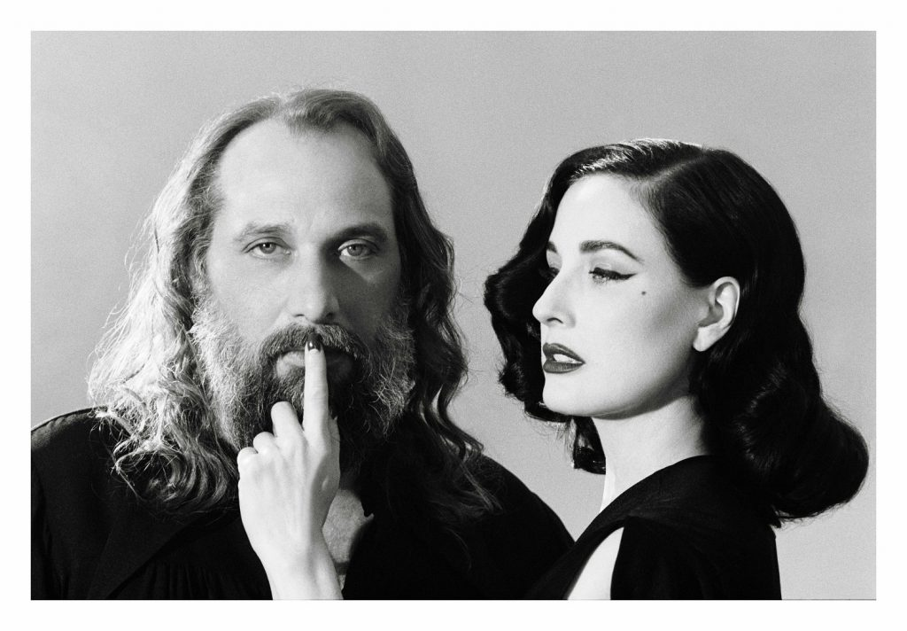 Dita and Sebastien (© Camille Vivier)