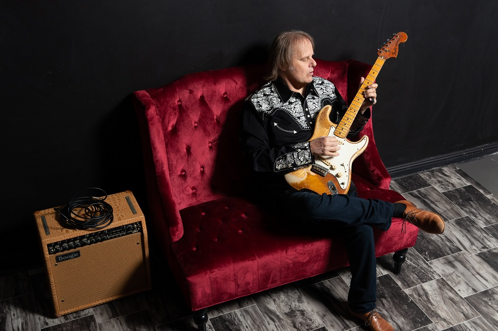 Walter Trout. Photo by Alex Solca